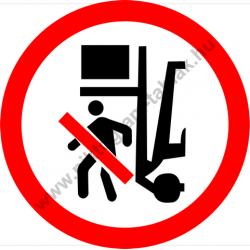 Rakodógép alatt tartózkodni tilos tiltó munkavédelmi piktogram matrica